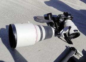 """Camera: ประมวลภาพหลังเหตุการณ์ """"นักกีฬาวิ่งชนเลนส์ Tele หักสองท่อน!"""""""