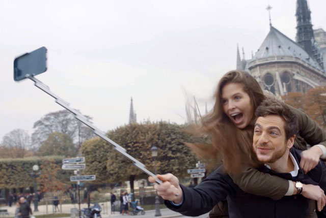 StikBox Selfie ជំនាន់ថ្មីពិតជាឡូយសម្រាប់ឆ្នាំ 2016 (វីដេអូ)