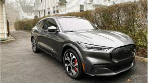 Ford ลือเลื่อนส่งมอบรถยนต์ไฟฟ้า Mustang Mach-E SUV เพราะต้องการตรวจสอบคุณภาพเพิ่มเติม